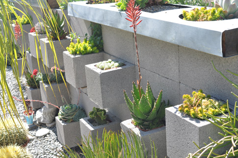 Exceptionnel Cinderblock Living Wall The Present Group Journal Block Garden Wall  Cinderblockgarden
